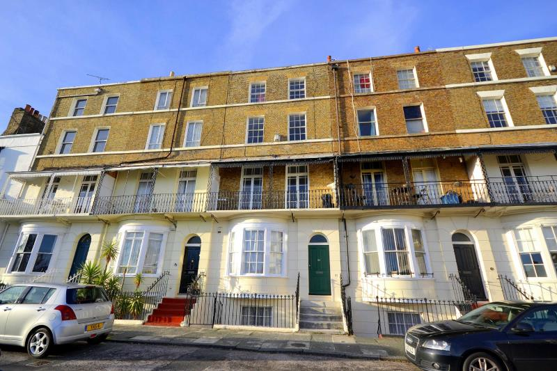 2 Bedroom Apartment For Sale At Spencer Square Ramsgate